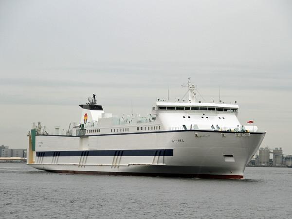 20160616_ferrybizan027